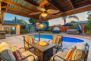 Photo 4: SANTEE House for sale : 3 bedrooms : 9350 Burning Tree Way