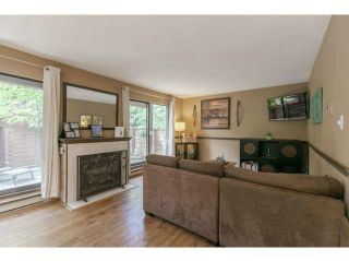 """Photo 5: 3345 MOUNTAIN Highway in North Vancouver: Lynn Valley Townhouse for sale in """"VILLAGE ON THE CREEK"""" : MLS®# V1141033"""