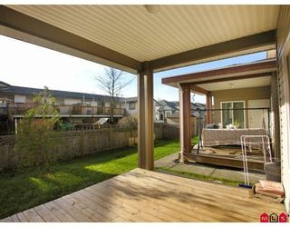 Photo 9: 17470 64A Avenue in Surrey: Cloverdale BC House for sale (Cloverdale)  : MLS®# F2832643