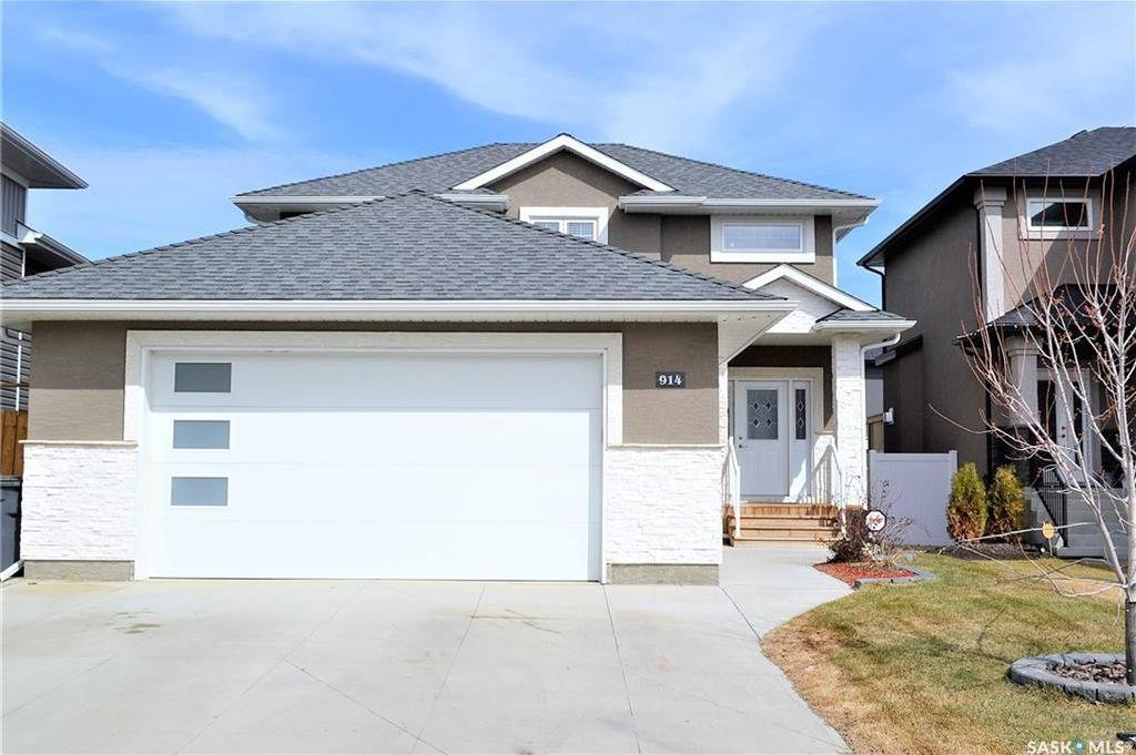 Main Photo: 914 Werschner Crescent in Saskatoon: Rosewood Residential for sale : MLS®# SK726872