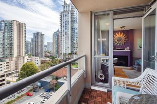 """Photo 9: 1108 822 SEYMOUR Street in Vancouver: Downtown VW Condo for sale in """"L'ARIA"""" (Vancouver West)  : MLS®# R2393856"""