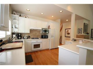 "Photo 5: 332 6505 3RD Avenue in Tsawwassen: Boundary Beach Townhouse for sale in ""MONTERRA"" : MLS®# V956649"