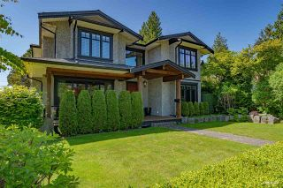 Photo 1: 1707 GRAND Boulevard in North Vancouver: Boulevard House for sale : MLS®# R2586590