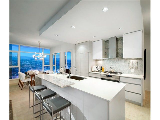 Photo 4: Photos: 3010 6098 station Street in Burnaby: Condo for sale