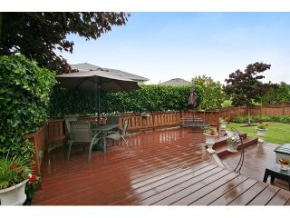 """Photo 18: 18861 64TH Avenue in Surrey: Cloverdale BC House for sale in """"CLOVERDALE"""" (Cloverdale)  : MLS®# F1442792"""