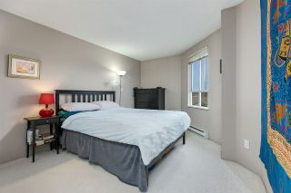 """Photo 7: 707 3489 ASCOT Place in Vancouver: Collingwood VE Condo for sale in """"Regent Court"""" (Vancouver East)  : MLS®# R2441538"""
