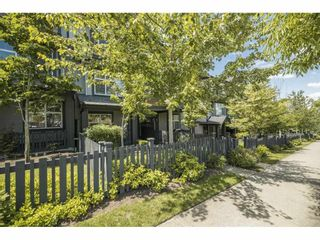 Photo 1: 72 6123 138 Street in Surrey: Sullivan Station Townhouse for sale : MLS®# R2589753