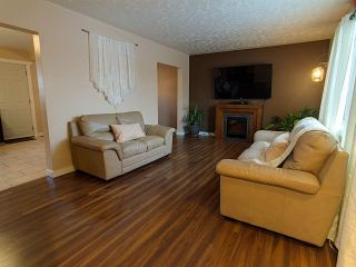 Photo 4: 13334 89 Street in Edmonton: Zone 02 Townhouse for sale : MLS®# E4224841
