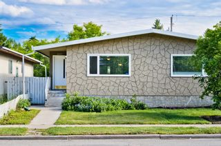 Main Photo: 2037 50 Avenue SW in Calgary: North Glenmore Park Semi Detached for sale : MLS®# A1122230