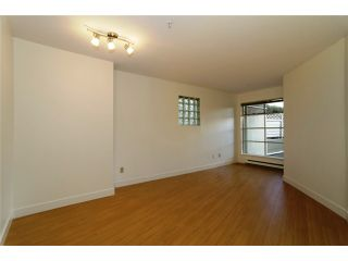 """Photo 5: 109 1210 W 8TH Avenue in Vancouver: Fairview VW Condo for sale in """"GALLERIA II"""" (Vancouver West)  : MLS®# V984022"""