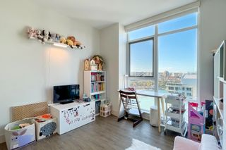 """Photo 13: 2505 1483 HOMER Street in Vancouver: Yaletown Condo for sale in """"THE WATERFORD BY CONCORD PACIFIC"""" (Vancouver West)  : MLS®# R2625455"""