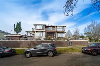 Photo 5: 2283 QUALICUM Drive in Vancouver: Fraserview VE House for sale (Vancouver East)  : MLS®# R2555878