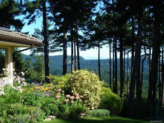 Photo 15: 5802 Pirates Rd in Pender Island: GI Pender Island House for sale (Gulf Islands)  : MLS®# 844907