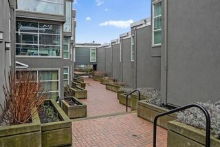 Photo 29: 2215 OAK Street in Vancouver: Fairview VW Townhouse for sale (Vancouver West)  : MLS®# R2542195