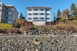 Photo 31: 2 553 S Island Hwy in Campbell River: CR Campbell River Central Condo for sale : MLS®# 869697