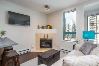 """Photo 2: 1210 939 HOMER Street in Vancouver: Yaletown Condo for sale in """"THE PINNACLE"""" (Vancouver West)  : MLS®# R2461082"""