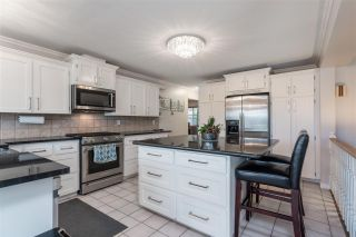 Photo 2: 630 THURSTON Terrace in Port Moody: North Shore Pt Moody House for sale : MLS®# R2534276