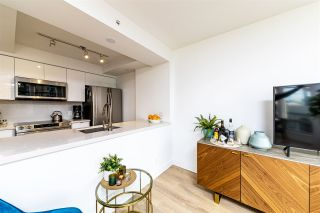 """Photo 13: 403 1288 ALBERNI Street in Vancouver: West End VW Condo for sale in """"THE PALISADES"""" (Vancouver West)  : MLS®# R2529157"""