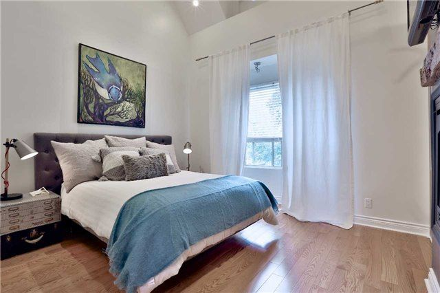 Photo 13: Photos: 135 Hastings Avenue in Toronto: South Riverdale House (2-Storey) for sale (Toronto E01)  : MLS®# E3924527