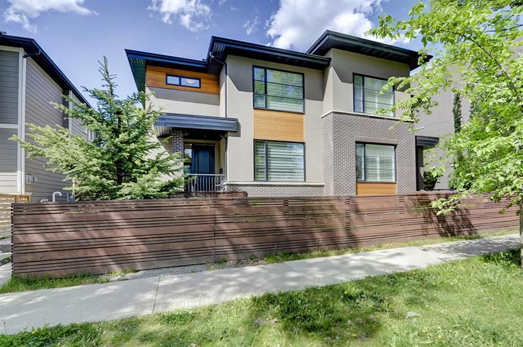 Main Photo: 1 310 12 Avenue NE in Calgary: Crescent Heights Row/Townhouse for sale : MLS®# A1112547