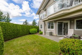 Photo 2: 32 35537 EAGLE MOUNTAIN Avenue: Townhouse for sale in Abbotsford: MLS®# R2592837