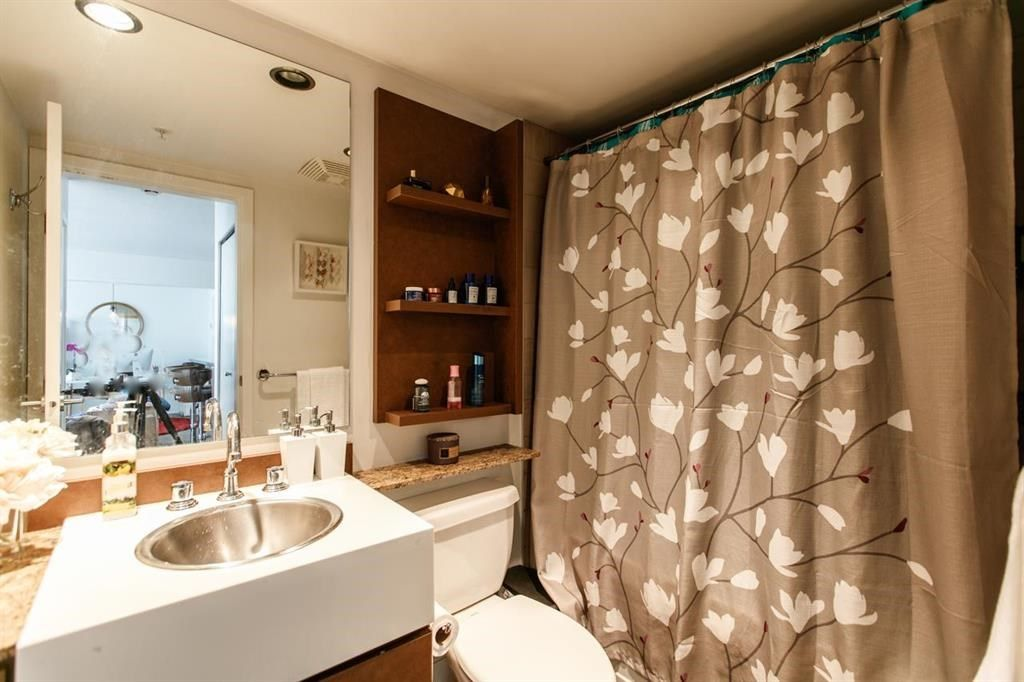"""Photo 10: Photos: 1105 1438 RICHARDS Street in Vancouver: Yaletown Condo for sale in """"AZURA 1"""" (Vancouver West)  : MLS®# R2109141"""