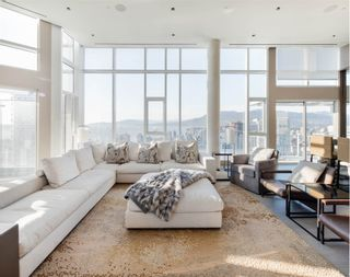 Main Photo: 4701 - 1372 Seymour St in Vancouver: Yaletown Condo for rent