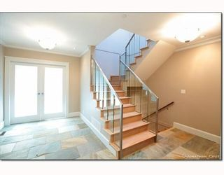 Photo 2: 1239 SINCLAIR CT in West Vancouver: House for sale : MLS®# V798134