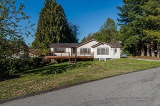 Photo 2: 33967 MCCRIMMON Drive in Abbotsford: Abbotsford East House for sale : MLS®# R2609247