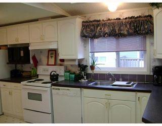 Photo 5: 480 AUGIER Avenue in WINNIPEG: Westwood / Crestview Residential for sale (West Winnipeg)  : MLS®# 2718749