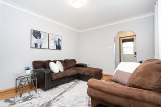 Photo 3: 188 Leila Avenue in Winnipeg: Scotia Heights Residential for sale (4D)  : MLS®# 202104326