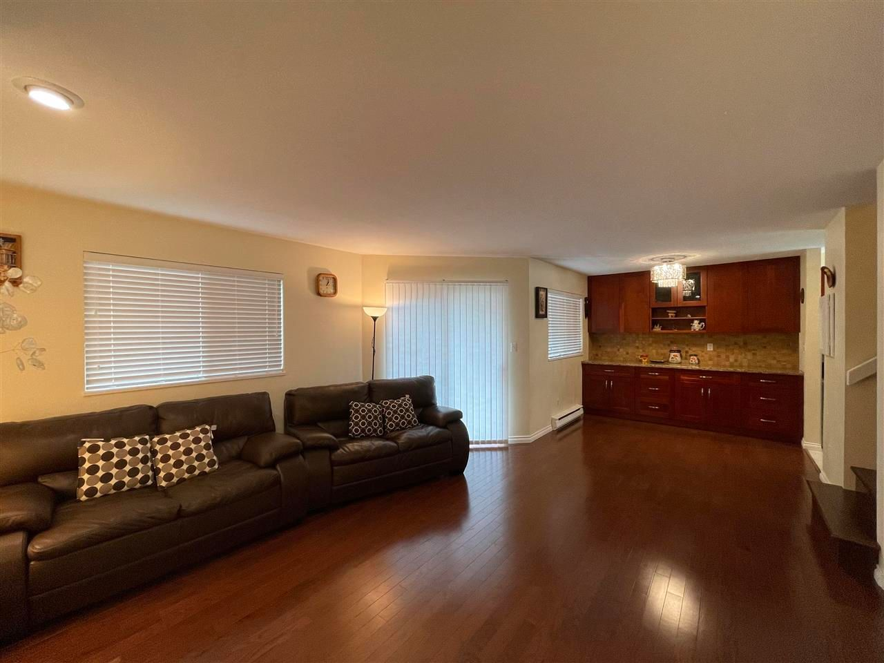 Main Photo: 7 8311 COOK Road in Richmond: Brighouse Townhouse for sale : MLS®# R2582933