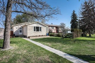 Photo 1: 59 Dorge Drive in Winnipeg: St Norbert Residential for sale (1Q)  : MLS®# 202111914