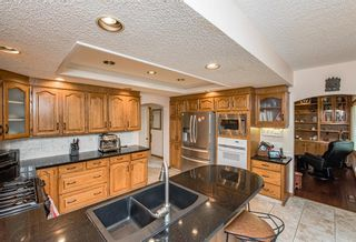 Photo 9: 519 Woodhaven Bay SW in Calgary: Woodbine Detached for sale : MLS®# A1130696