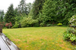 """Photo 20: 2267 PARK Crescent in Coquitlam: Chineside House for sale in """"CHINESIDE"""" : MLS®# R2172163"""