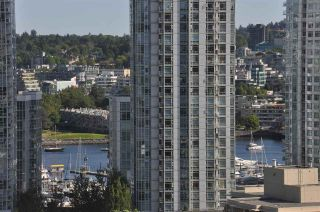 """Photo 9: 1607 1001 HOMER Street in Vancouver: Yaletown Condo for sale in """"THE BENTLEY"""" (Vancouver West)  : MLS®# R2196793"""