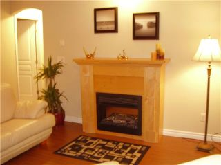 """Photo 3: 27 7128 STRIDE Avenue in Burnaby: Edmonds BE Condo for sale in """"RIVERSTONE"""" (Burnaby East)  : MLS®# V893192"""