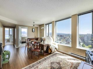 """Photo 3: 2307 550 TAYLOR Street in Vancouver: Downtown VW Condo for sale in """"TAYLOR"""" (Vancouver West)  : MLS®# R2590632"""