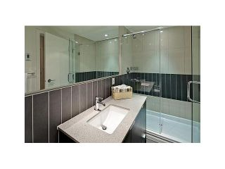 """Photo 11: 604 175 W 2ND Street in North Vancouver: Lower Lonsdale Condo for sale in """"VENTANA"""" : MLS®# V912477"""