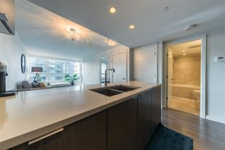 "Photo 11: 305 112 E 13TH Street in North Vancouver: Central Lonsdale Condo for sale in ""CENTREVIEW"" : MLS®# R2535152"
