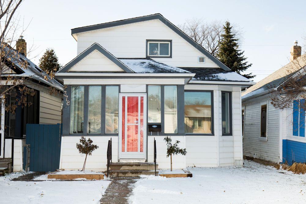 Main Photo: 378 Inglewood Street in Winnipeg: St James House for sale (5E)  : MLS®# 202003616