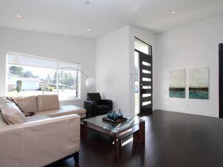 Photo 2: 10005 127A Street in Surrey: Cedar Hills House for sale (North Surrey)  : MLS®# F1411050