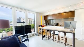 """Photo 2: 903 150 E CORDOVA Street in Vancouver: Downtown VE Condo for sale in """"Ingastown"""" (Vancouver East)  : MLS®# R2619247"""