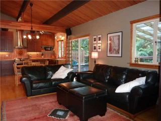 Photo 3: 1498 KILMER Road in North Vancouver: Lynn Valley House for sale : MLS®# V998697