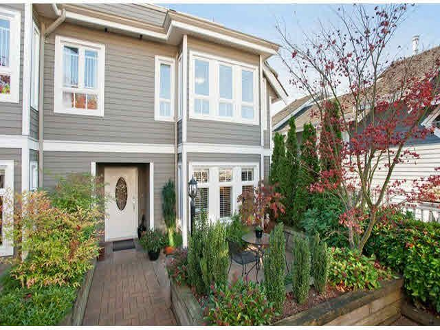 """Main Photo: 5 235 E 11TH Street in North Vancouver: Central Lonsdale Townhouse for sale in """"Fairview Court"""" : MLS®# V1094152"""
