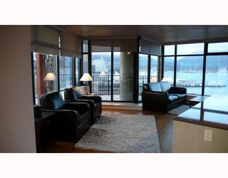 """Photo 3: 2310 128 W CORDOVA Street in Vancouver: Downtown VW Condo for sale in """"WOODWARDS W43"""" (Vancouver West)  : MLS®# V791001"""