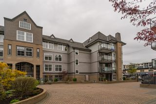 "Photo 4: 407 20200 56 Avenue in Langley: Langley City Condo for sale in ""The Bentley"" : MLS®# R2356698"