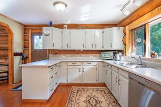 Photo 4: 3547 Salmon River Bench Road, in Falkland: House for sale : MLS®# 10240442