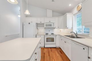 Photo 10: 2699 Vancouver Pl in : CR Willow Point House for sale (Campbell River)  : MLS®# 854486