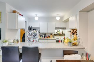 Photo 7: 208 1060 E BROADWAY Street in Vancouver: Mount Pleasant VE Condo for sale (Vancouver East)  : MLS®# R2334527